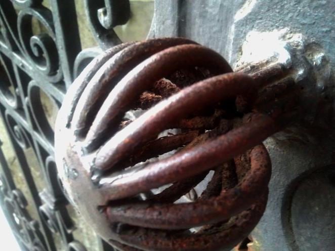 Rusty knob